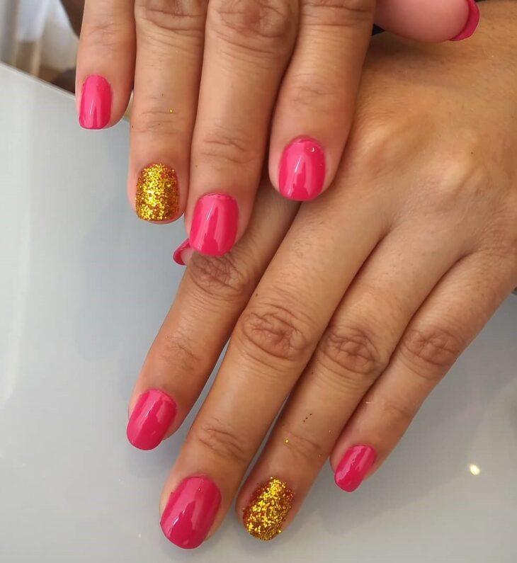 90 unhas decoradas rosa que unem delicadeza e estilo - 41