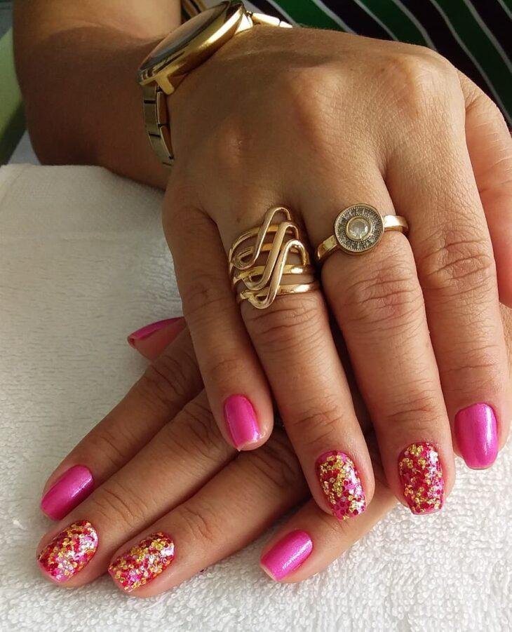 90 unhas decoradas rosa que unem delicadeza e estilo - 55