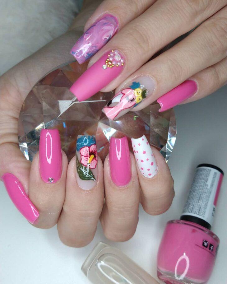 90 unhas decoradas rosa que unem delicadeza e estilo - 66