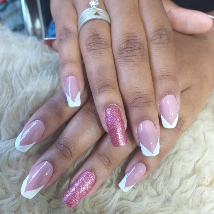 90 unhas decoradas rosa que unem delicadeza e estilo - 7