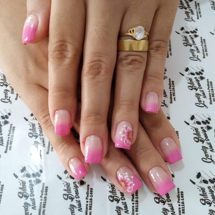 90 unhas decoradas rosa que unem delicadeza e estilo - 77
