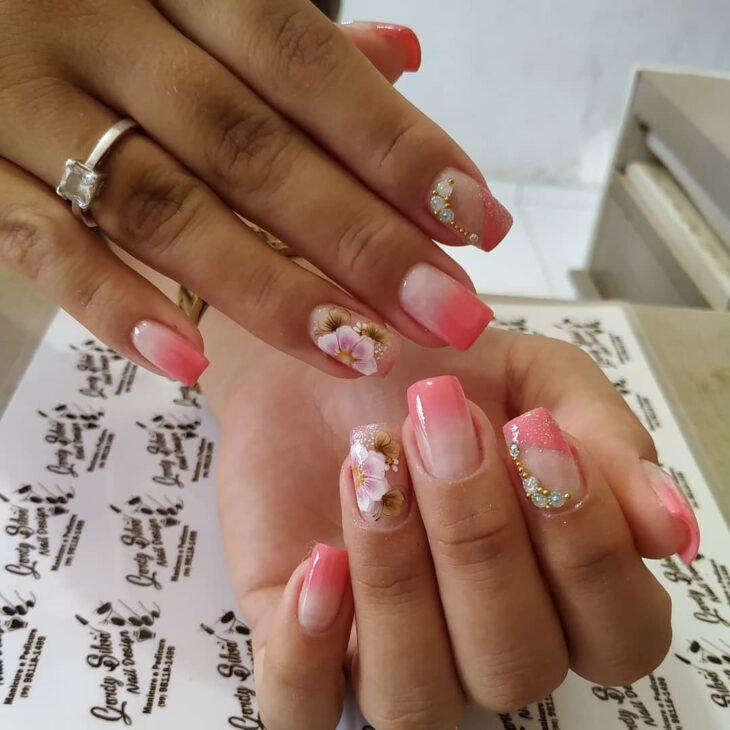 90 unhas decoradas rosa que unem delicadeza e estilo - 84