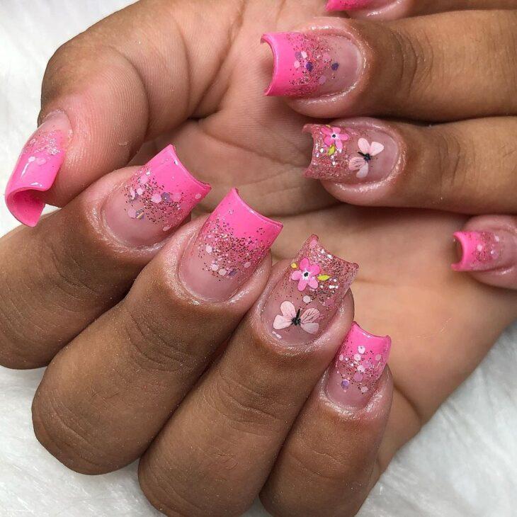 90 unhas decoradas rosa que unem delicadeza e estilo - 89