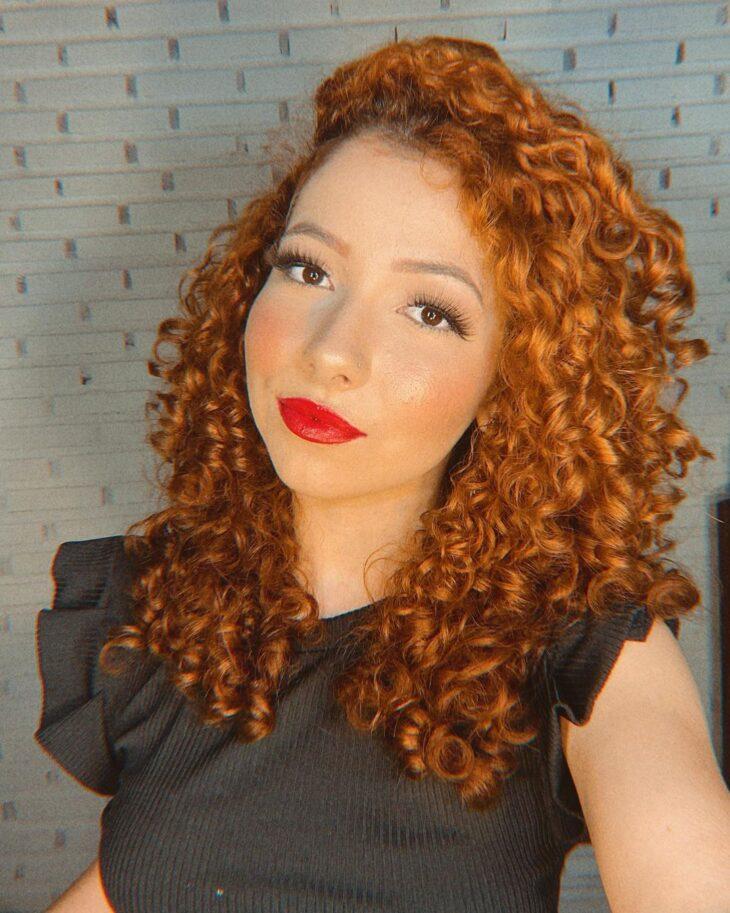 cabelo cacheado ruivo 27