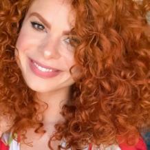 60 fotos de cabelo cacheado loiro e dicas de cuidado para ficar radiante - 21