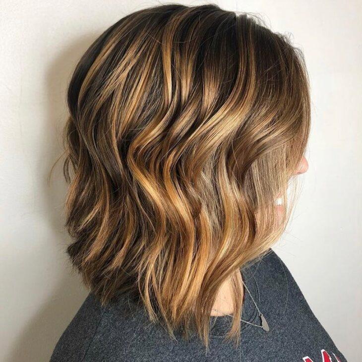cabelo curto ondulado 9