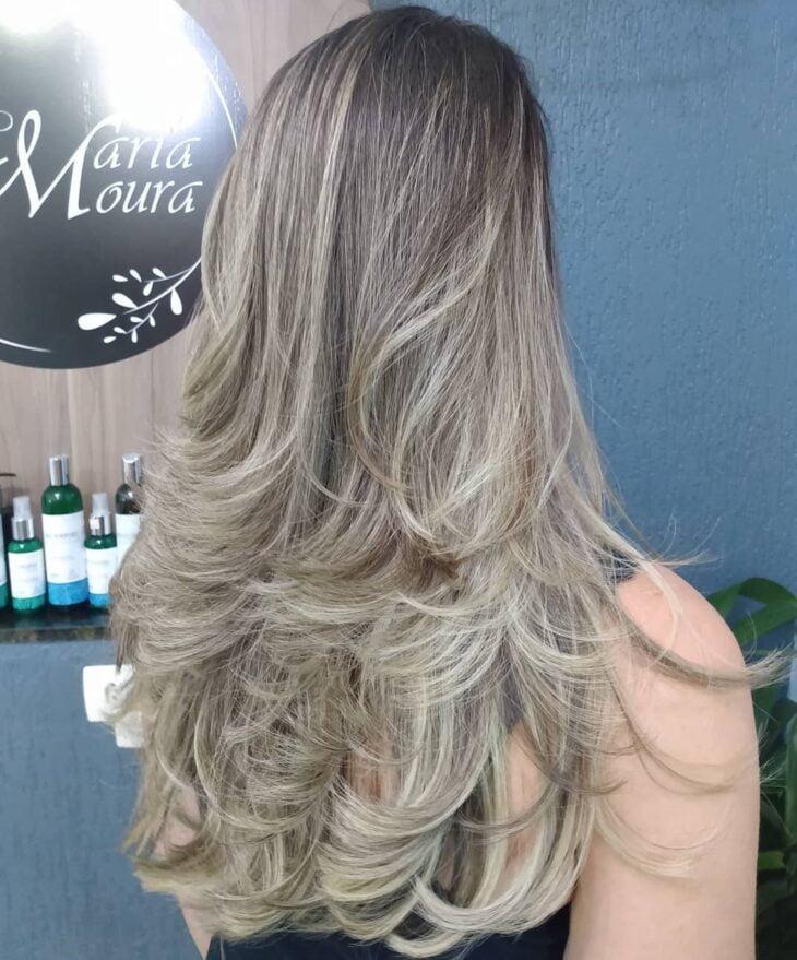 cabelo longo repicado 44