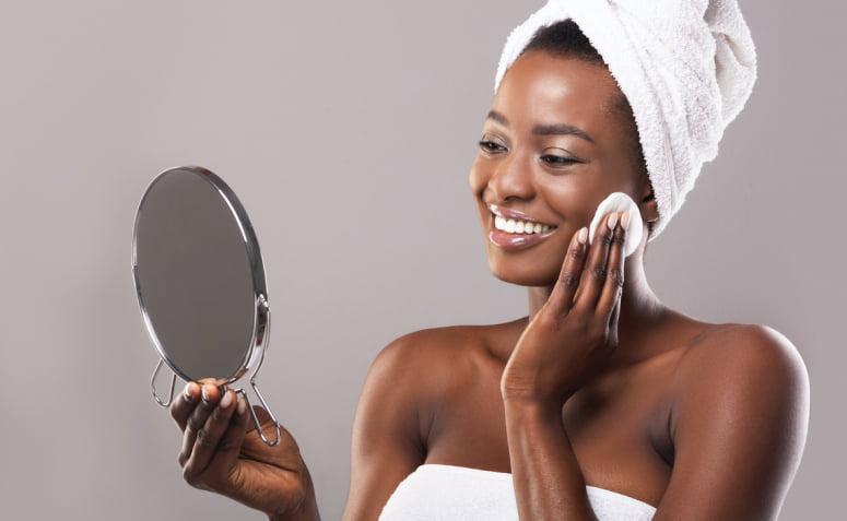 Saiba mais sobre a pele oleosa, como cuidar e dicas de produtos - 4