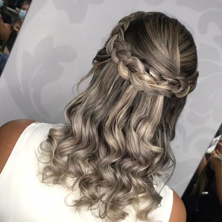 penteados para mãe da noiva 13