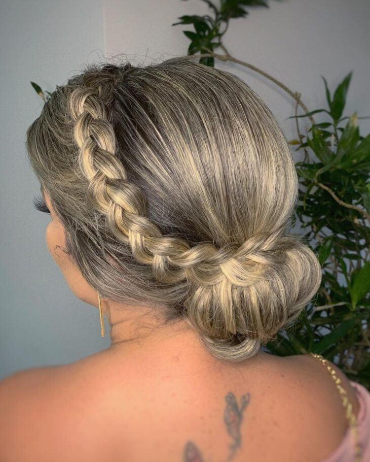 penteados para mãe da noiva 21