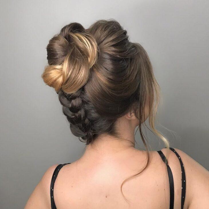 penteados para mãe da noiva 5