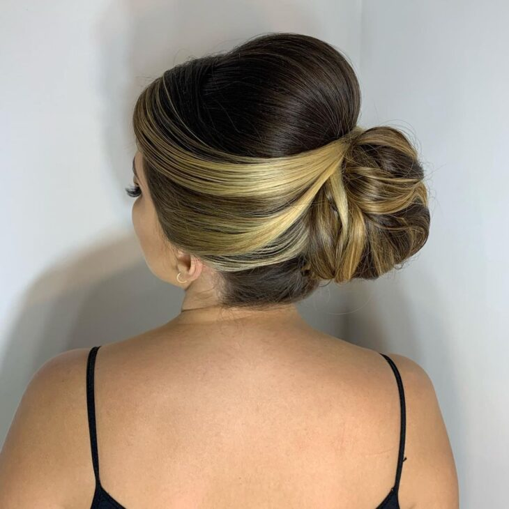 penteados para mãe da noiva 27