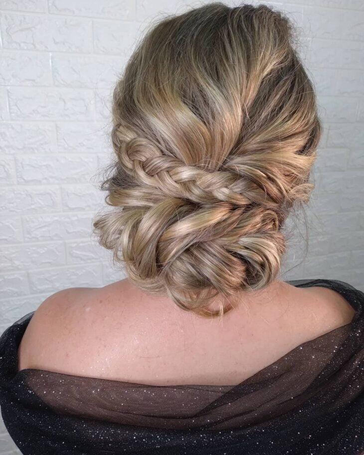 penteados para mãe da noiva 41