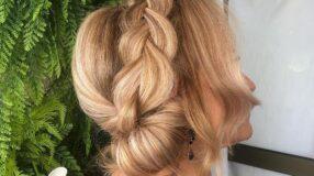 40 penteados para mãe da noiva brilhar no grande dia