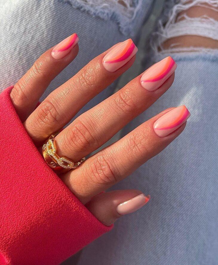 40 fotos + tutoriais de unhas coloridas para inovar na nail art - 17