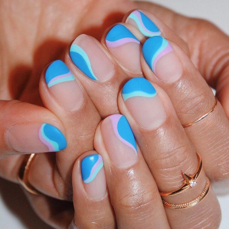 40 fotos + tutoriais de unhas coloridas para inovar na nail art - 16