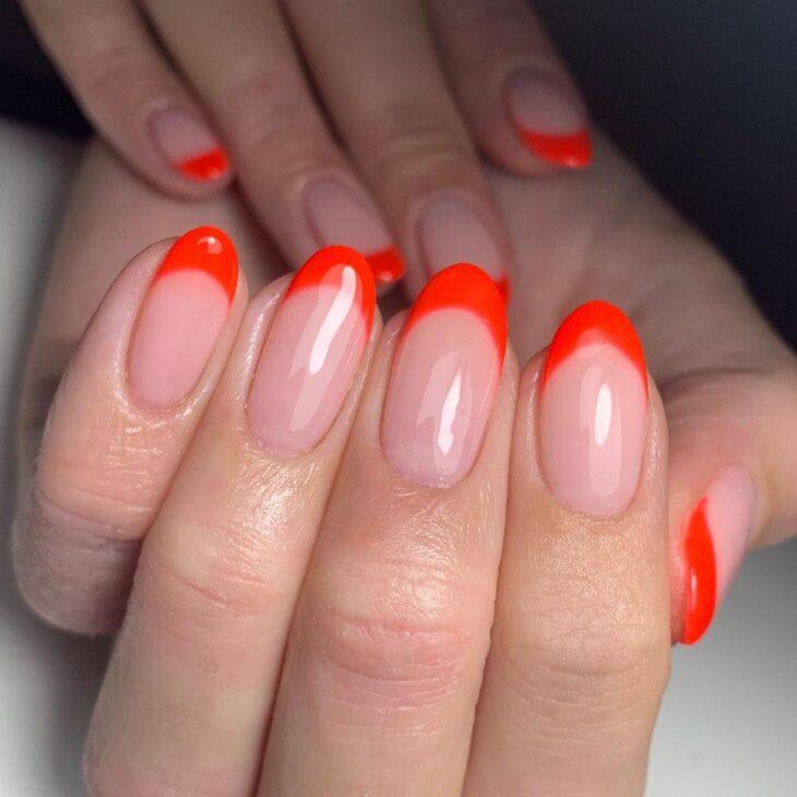 40 fotos + tutoriais de unhas coloridas para inovar na nail art - 14