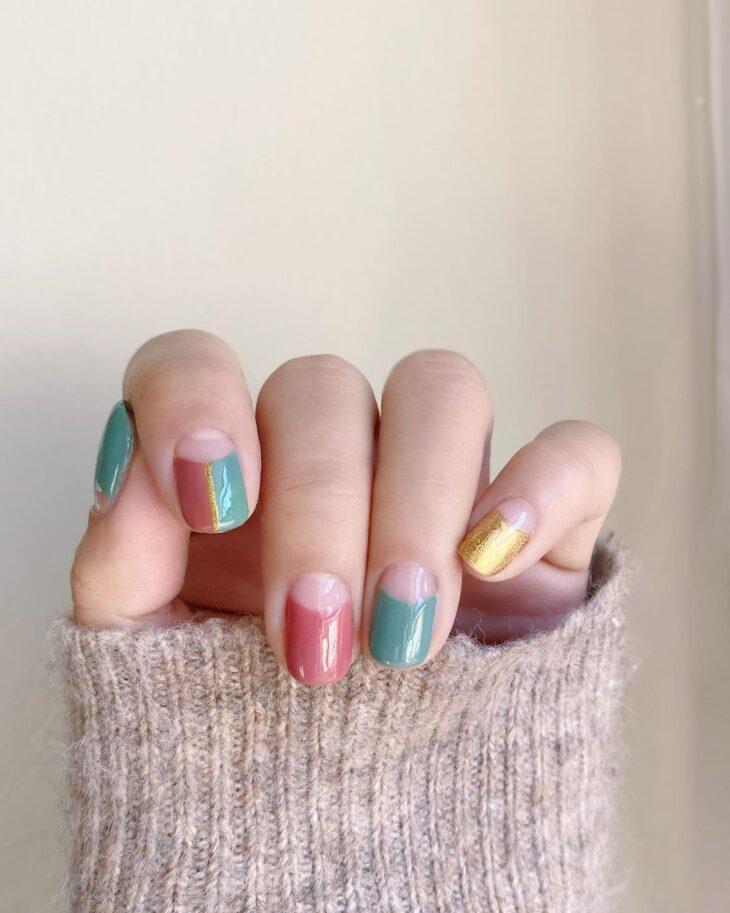 40 fotos + tutoriais de unhas coloridas para inovar na nail art - 31
