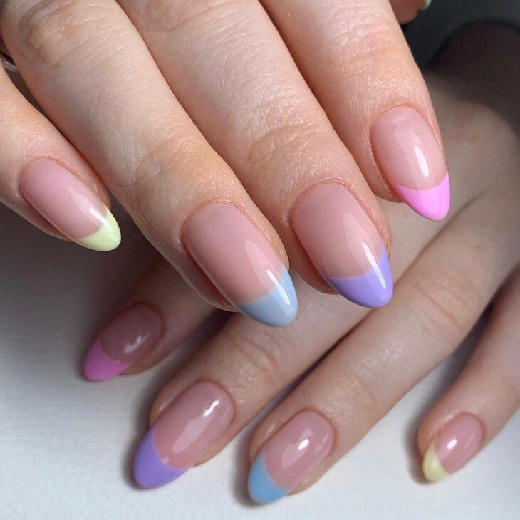 40 fotos + tutoriais de unhas coloridas para inovar na nail art - 26