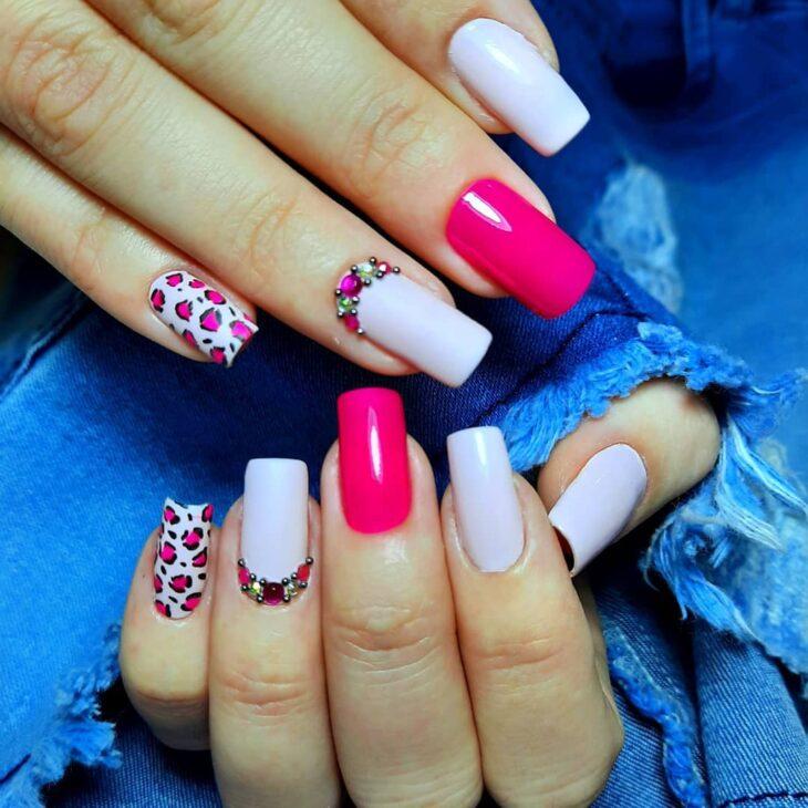 90 unhas decoradas rosa que unem delicadeza e estilo - 56