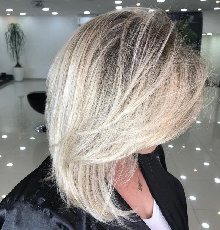 cabelo curto loiro 46