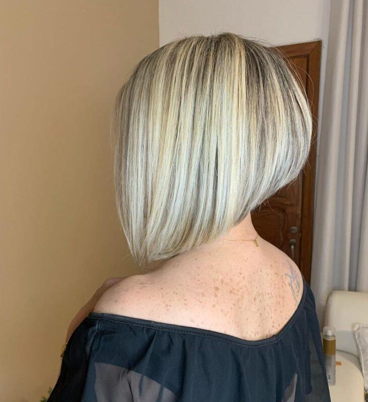 cabelo curto loiro 65