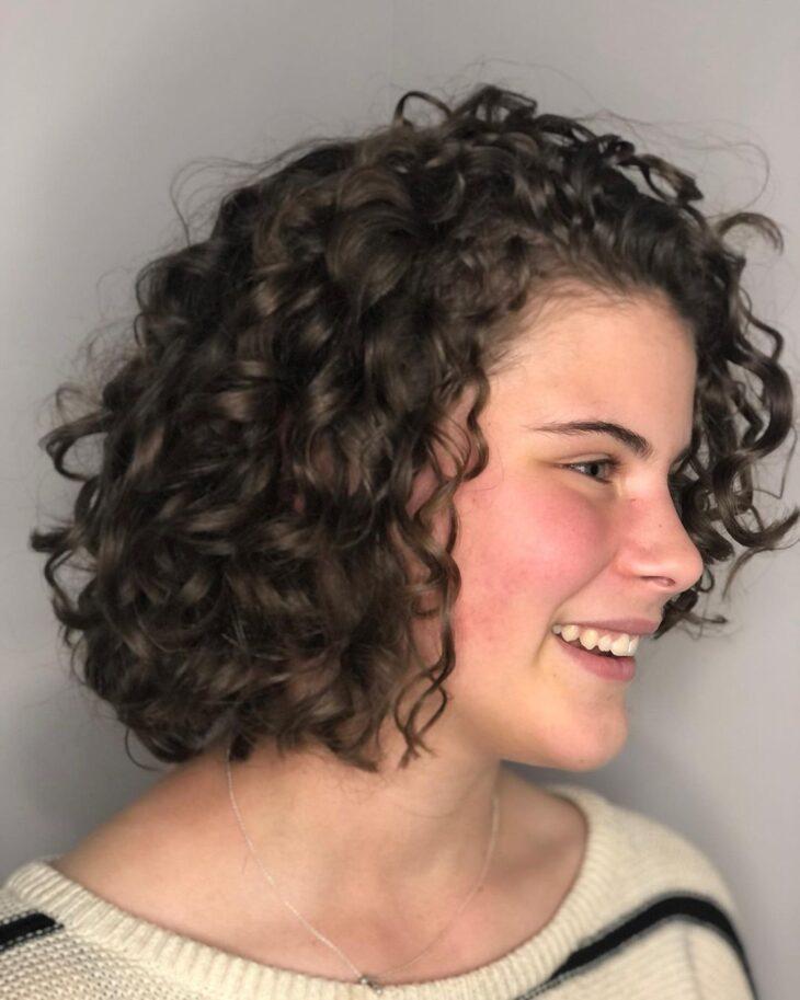 cabelo curto reto 38