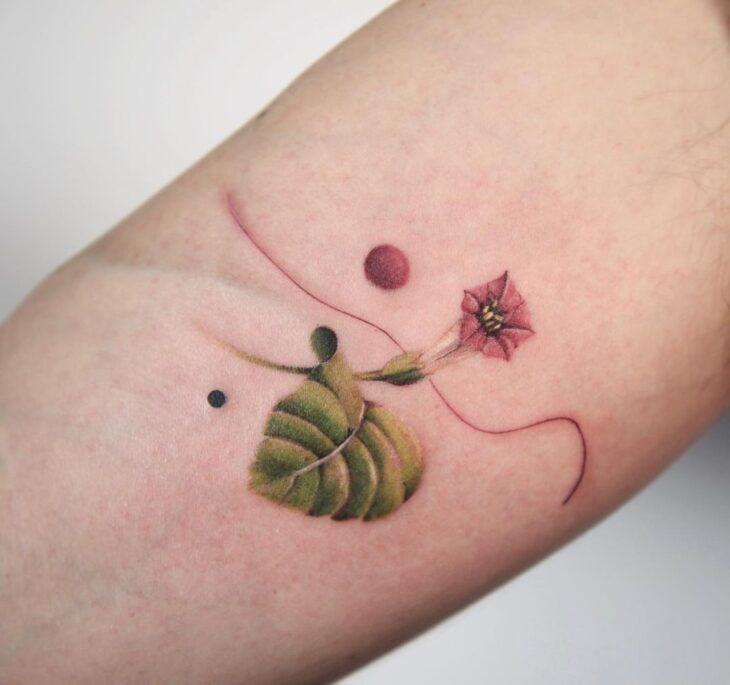 Tatuagem de flor pequena 14