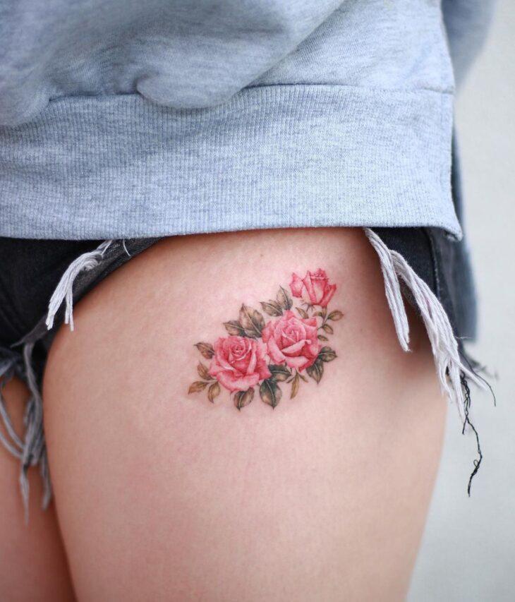 Tatuagem de flor pequena 42