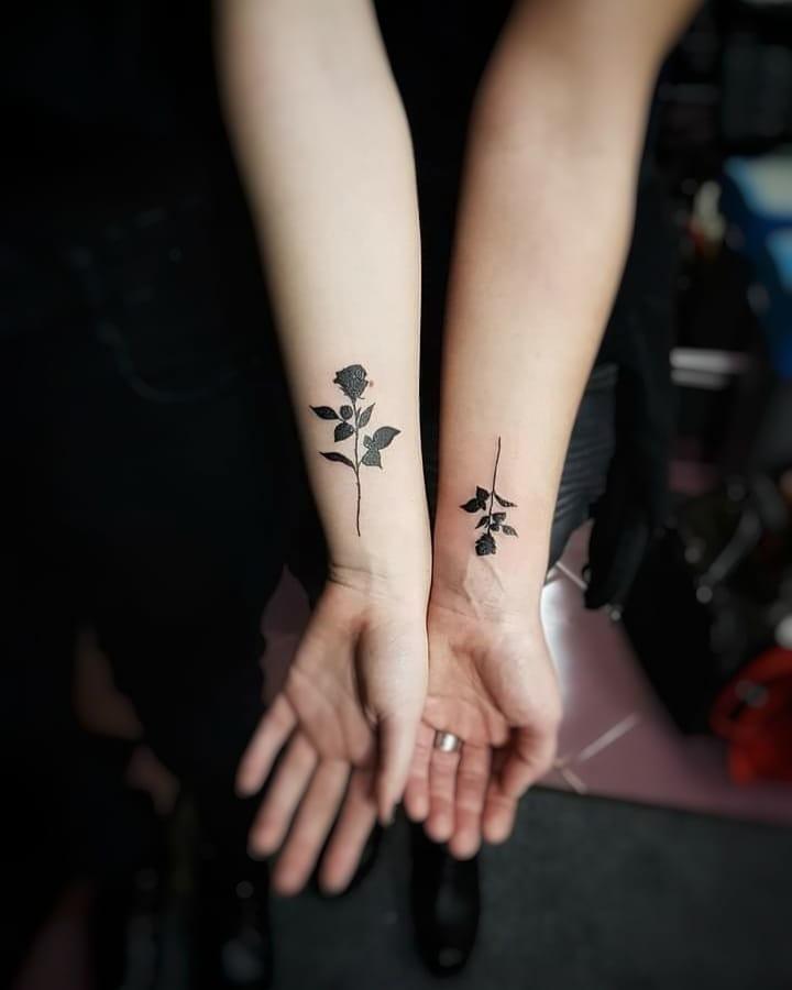 Tatuagem de flor pequena 50