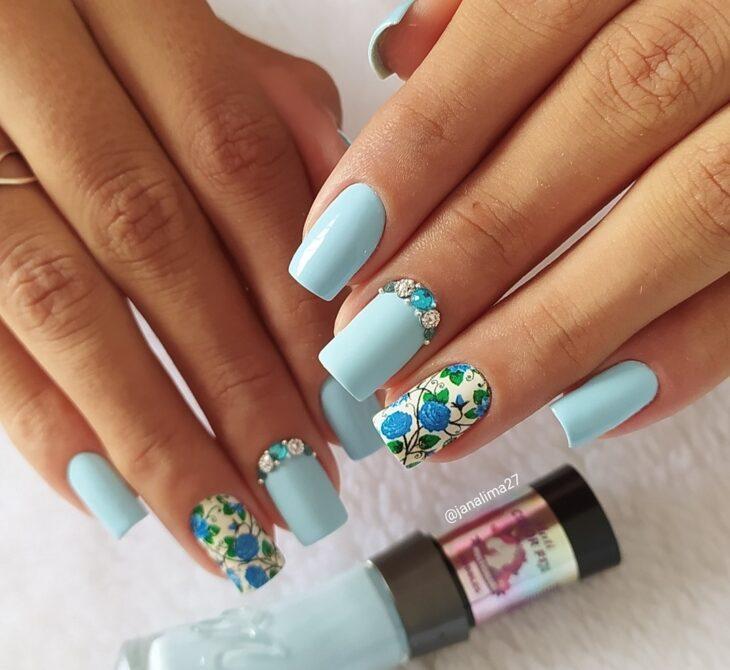 unhas decoradas azul 4