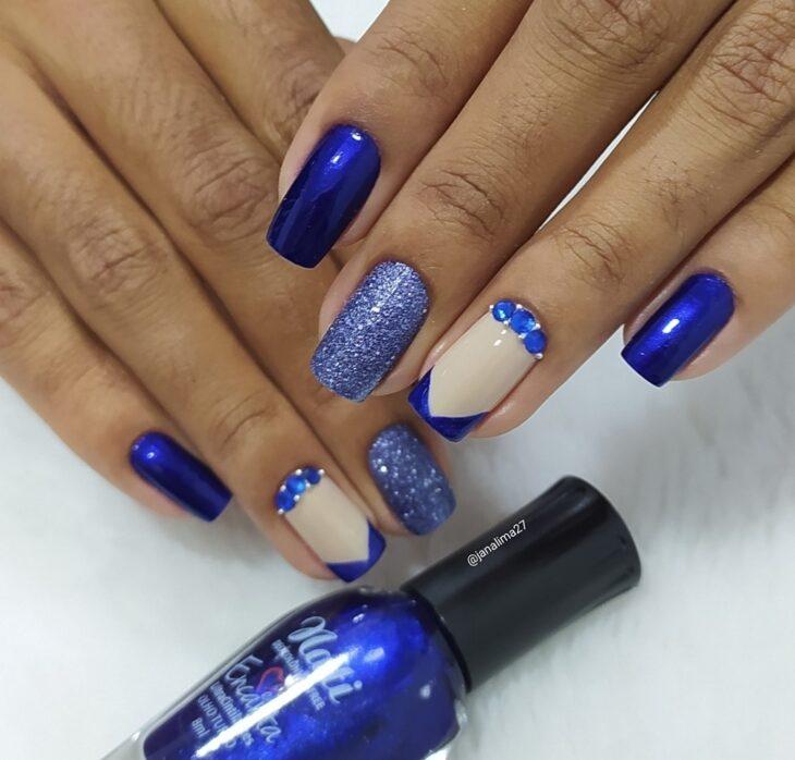 unhas decoradas azul 13