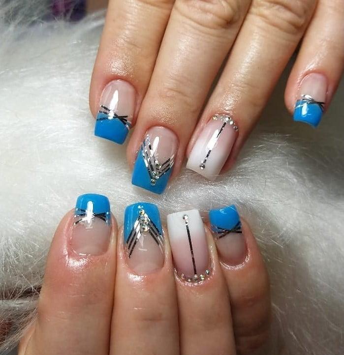 unhas decoradas azul 18