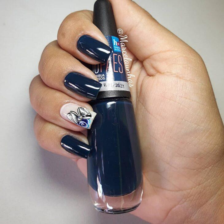 unhas decoradas azul 25