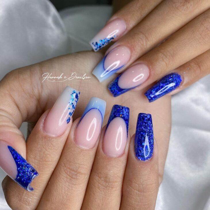 unhas decoradas azul 32