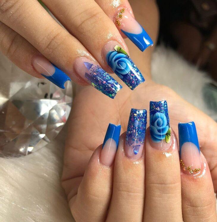 unhas decoradas azul 6