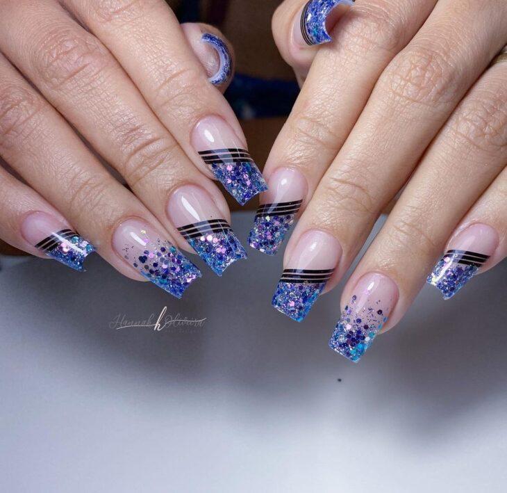unhas decoradas azul 33