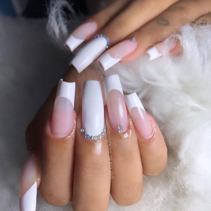 50 unhas com esmalte branco que provam a beleza desse tom clássico - 45