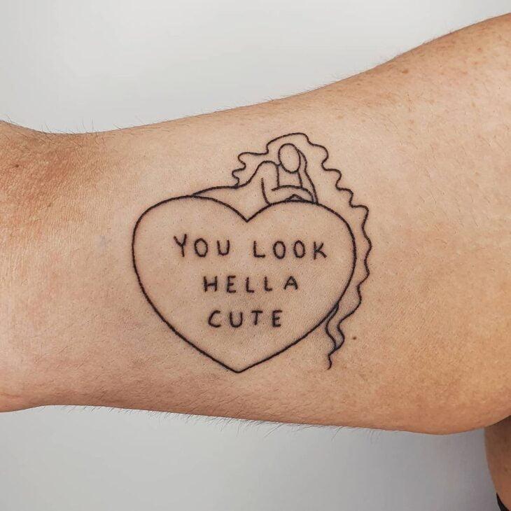 100 ideias encantadoras de tatuagem de coração para transbordar amor - 1