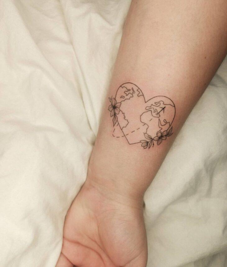 100 ideias encantadoras de tatuagem de coração para transbordar amor - 26