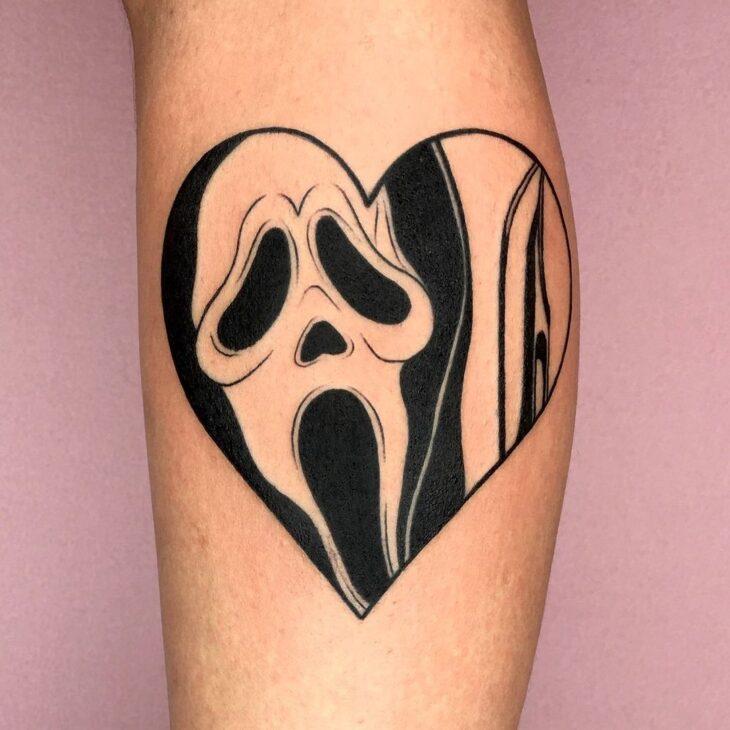 100 ideias encantadoras de tatuagem de coração para transbordar amor - 38