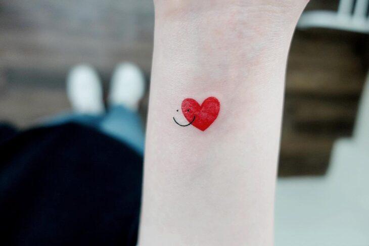 100 ideias encantadoras de tatuagem de coração para transbordar amor - 46