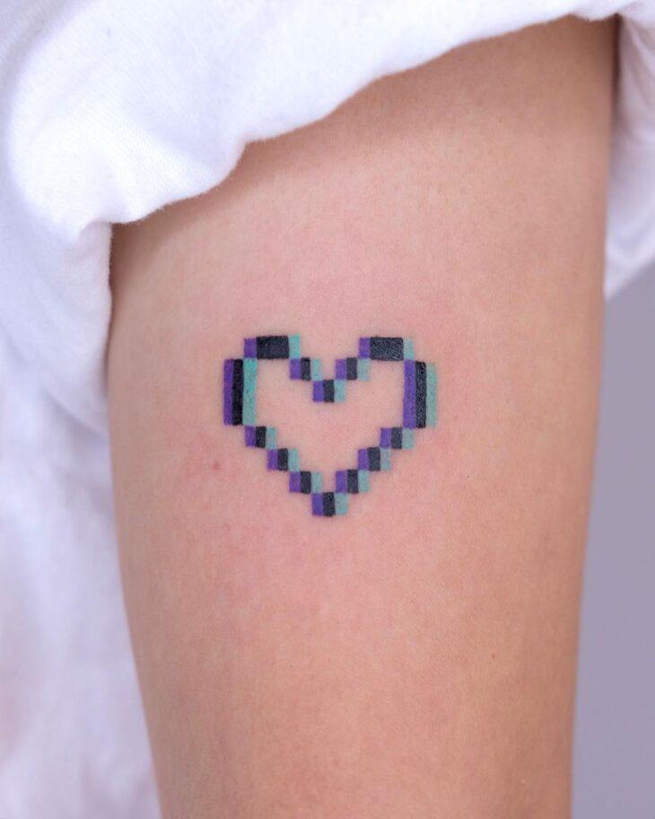 100 ideias encantadoras de tatuagem de coração para transbordar amor - 50