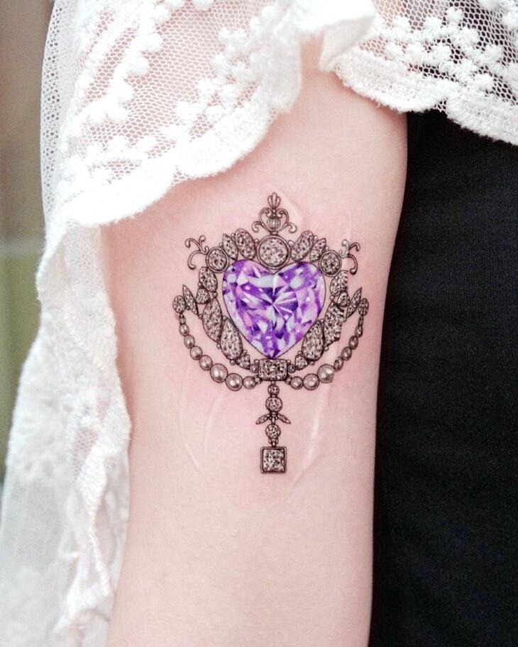 100 ideias encantadoras de tatuagem de coração para transbordar amor - 75
