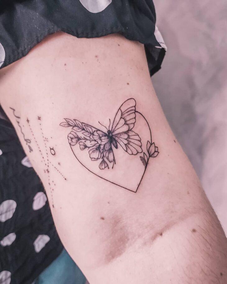 100 ideias encantadoras de tatuagem de coração para transbordar amor - 78