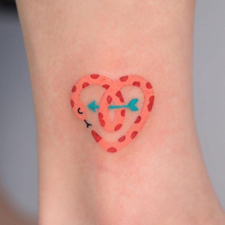100 ideias encantadoras de tatuagem de coração para transbordar amor - 81