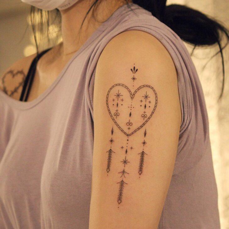 100 ideias encantadoras de tatuagem de coração para transbordar amor - 98