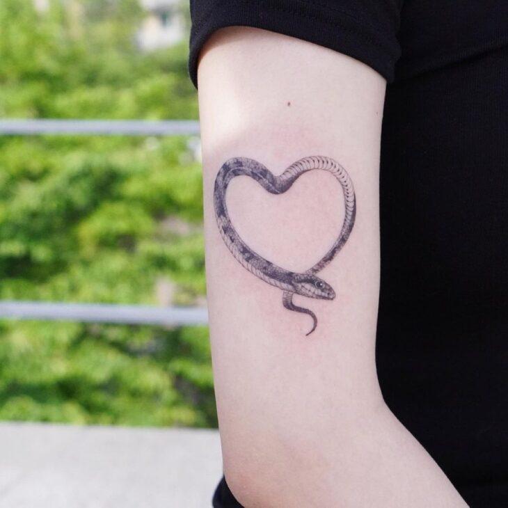 100 ideias encantadoras de tatuagem de coração para transbordar amor - 100