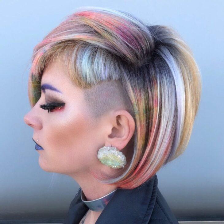 cabelo curto colorido 40