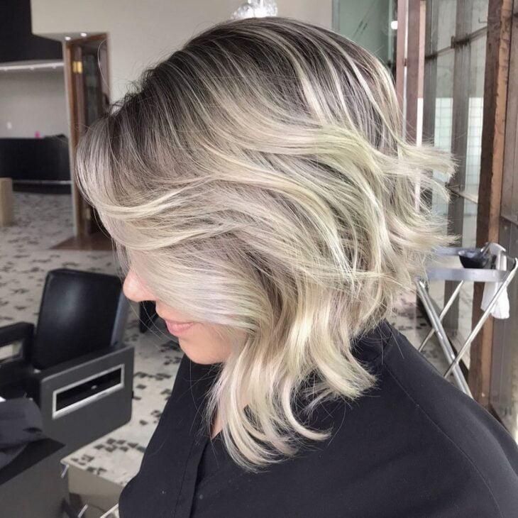 cabelo preto com luzes 25